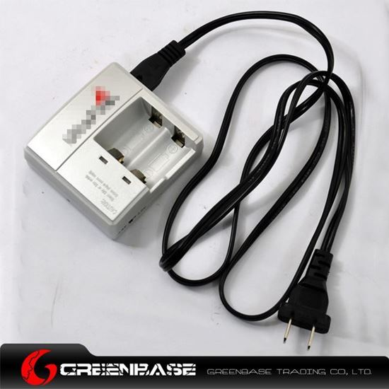 Picture of WF-138 Double-channel CR123A/16340 Battery Switching Charger NGA0315